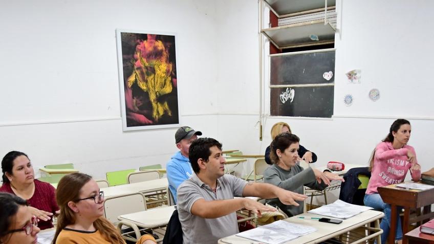 Más inclusión: personal de la Municipalidad se capacita en Lengua de señas
