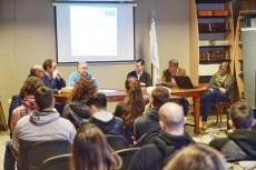 Charla informativa para profesionales sobre el proyecto de la obra de gas domiciliaria y la Empresa Municipal de Gas.