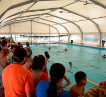 Verano Feliz: 220 niños becados disfrutaron de la pile!